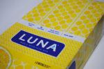 昔懐かしいレモンケーキ味のプロテインバーオーガニック認証のレモンゼスト
